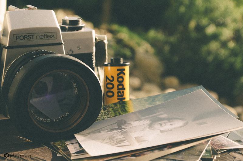 Starý fotoaparát zátiší ke stažení