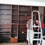 Rozebírání vestavěné skříně