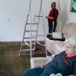Babička a děda v obýváku