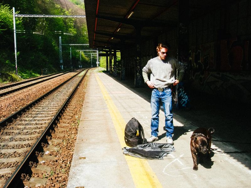 Na nádraží v Adamově