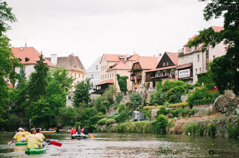 Průjezd Českým Krumlovem na Vltavě