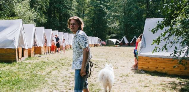 Na dětském letním táboře v Borači