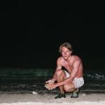 Noční koupání v moři