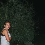 Klára na zahradě