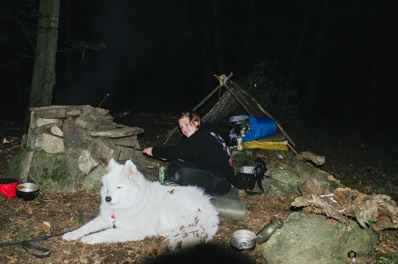 Spaní pod širákem