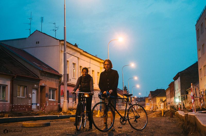 S Klárou na kole