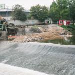 Stavění na řece