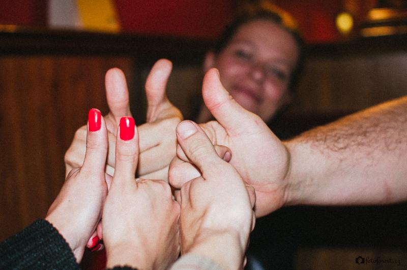 Křivé palce na ruce