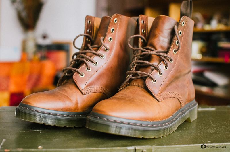 Kožené boty Dr. Martens smokethorn