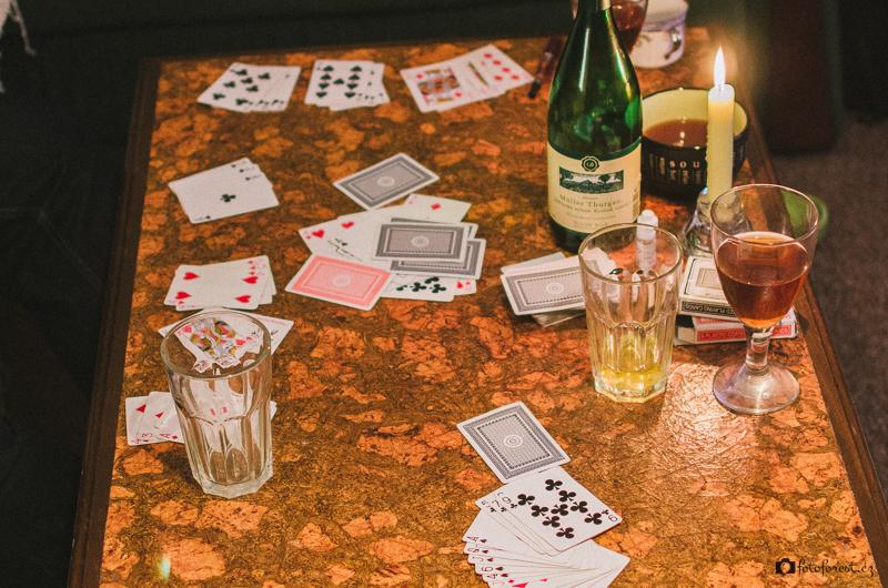 Hrajeme karty