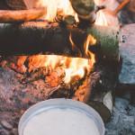 Bannock v ešusu na ohni