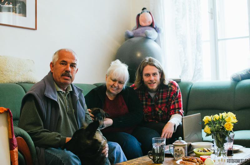 Babička a děda na návštěvě