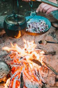 Vaříme na ohni, míchaná vajíčka