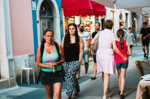 Klára nakupuje v Chorvatsku