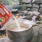 Snídaně v lese, vločky s mlékem