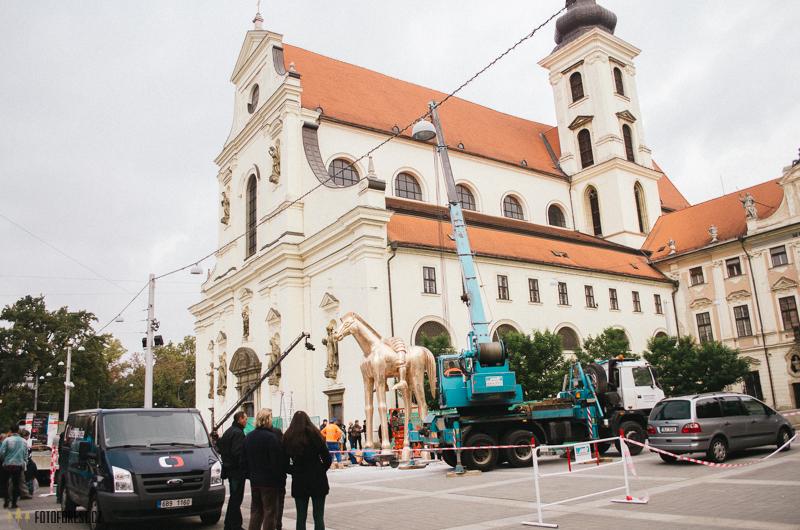 Nová socha Jošta na koni na Moravského náměstí