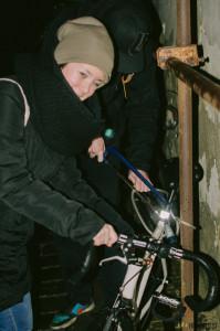 Pilování zámku na kolo