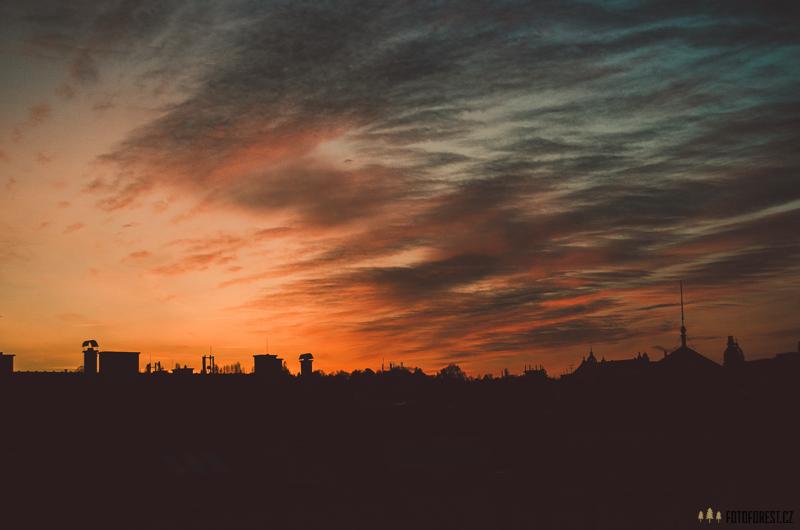 Západ slunce nad městem Brno