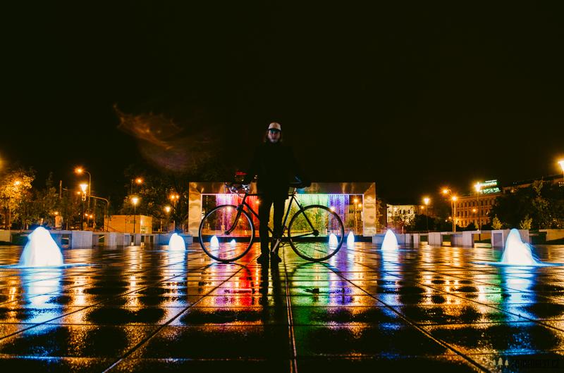 V noci na kole