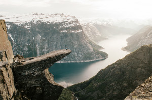 Trolltunga photo