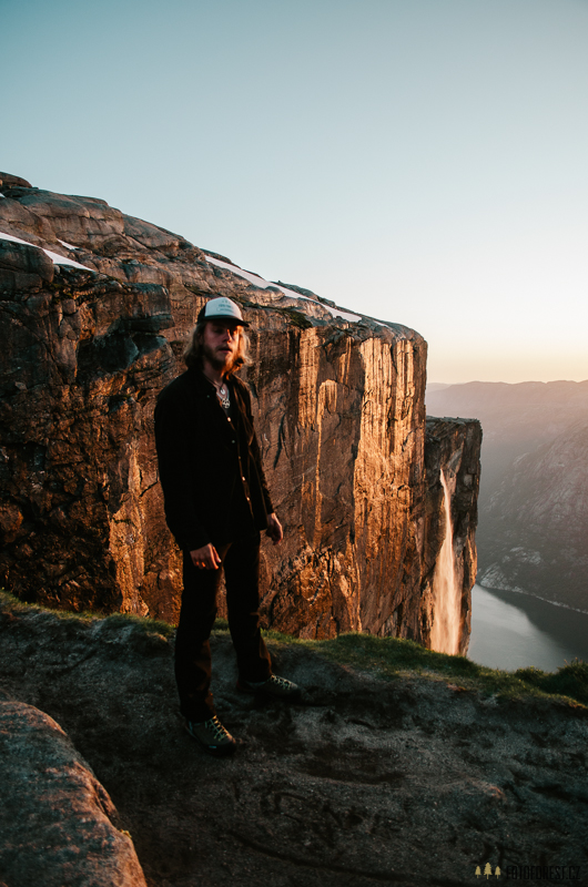 Kjerag waterfall