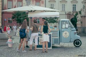 Pojízdná zmrzlina na Zelňáku